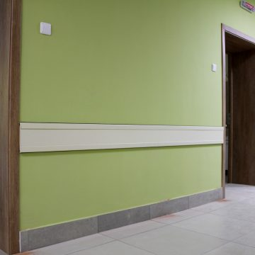 Wall panels with aluminum profile